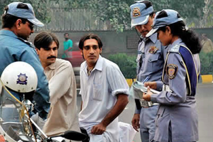 Lahore Traffic Police starts Free Vehicle Repair Service for Public