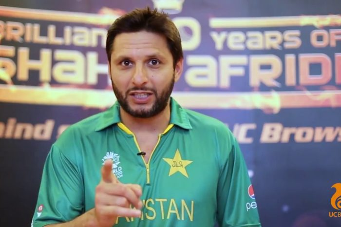 Before PSL 2017 Final, UC Browser signs Shahid Afridi as Brand Ambassador