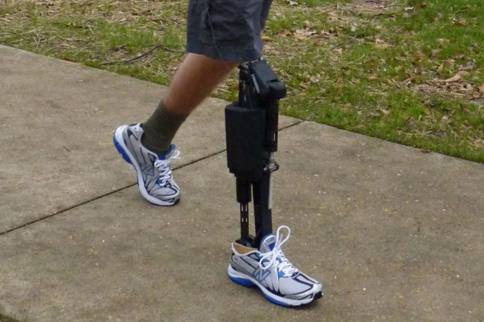 Pakistani students develop robotic legs for disabled persons