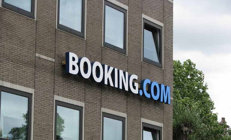 travel booking websites