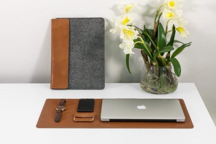 Pakistani Startup Markhor Now Sells Handcrafted Leather Cases for Apple