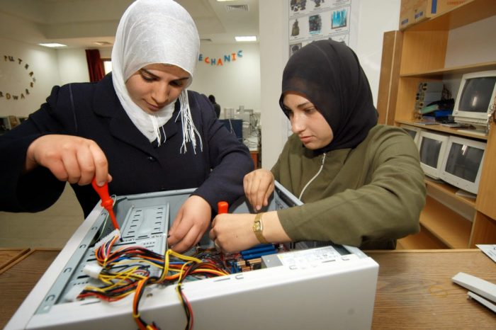 TEVTA to setup Pakistan's first University of Technical and Vocational Education